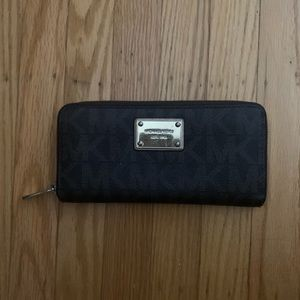 Michael Kors Large Jet Set Wallet